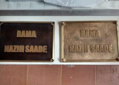 Placas-de-bronze-e-alumo-fundido