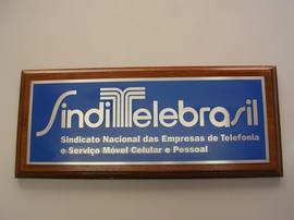 placas_aco_base_madeira_sinditelebrasil_002
