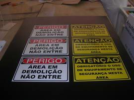 placas_perigo_atencao_004